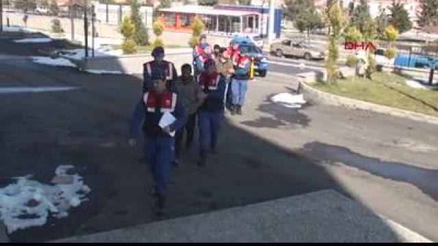 Karaman Haberleri: 70 metre fiber kablo çalan 3 kişi gözaltına alındı