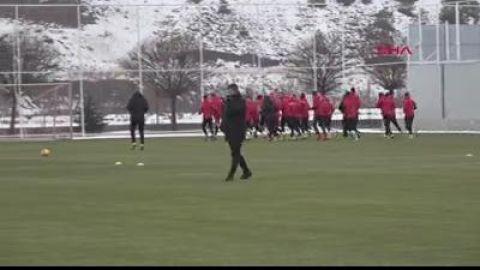 Sivas Haberleri: Hakan Keleş: Trabzonspor maçında galip gelmek istiyoruz 84
